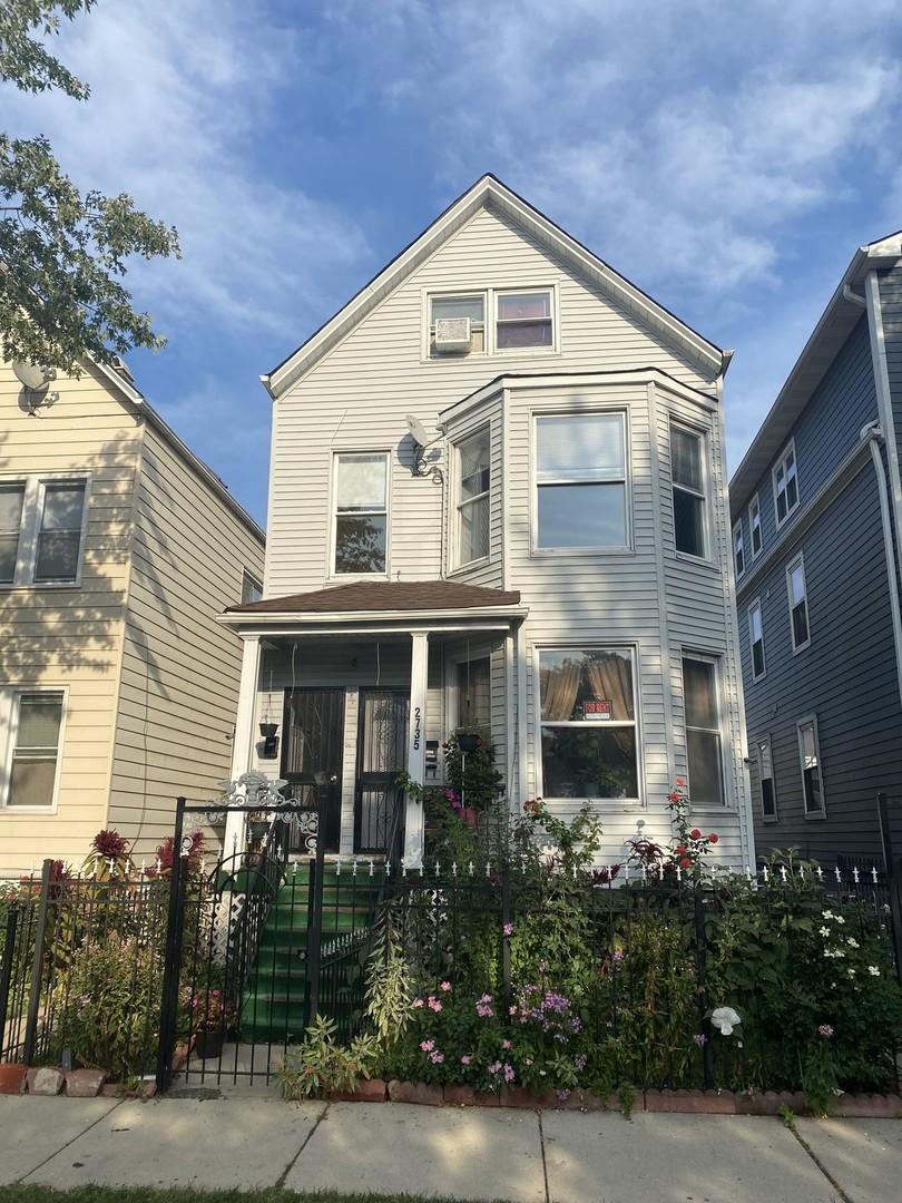 2735 N Hamlin Avenue, Chicago, IL 60647
