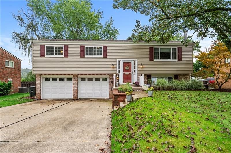 232 Laurie Dr, Penn Hills, PA 15235