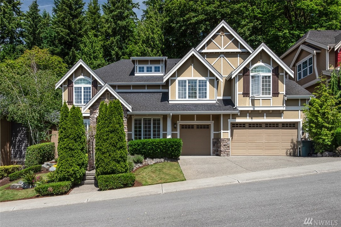 Better-than-new Craftsman featuring 5 bd/3.25ba, luxurious details throughout! Entertainer's kitchen w/ center island, granite, SS appliances; main floor media/bonus rm, great rm w/ floor-to-ceiling windows. Master w/ 2-way fireplace, spa-like bath. Guest rm w/ ensuite ba. Upper bonus rm ideal for exercise, game rm, office, etc. Private bkyd retreat w/ waterfall & koi pond. 3-car garage w/ storage! Close to Lk Samm trail & boat-launch area. 8 min to I-90; ~ 15 min to Microsoft. Issaquah schools.