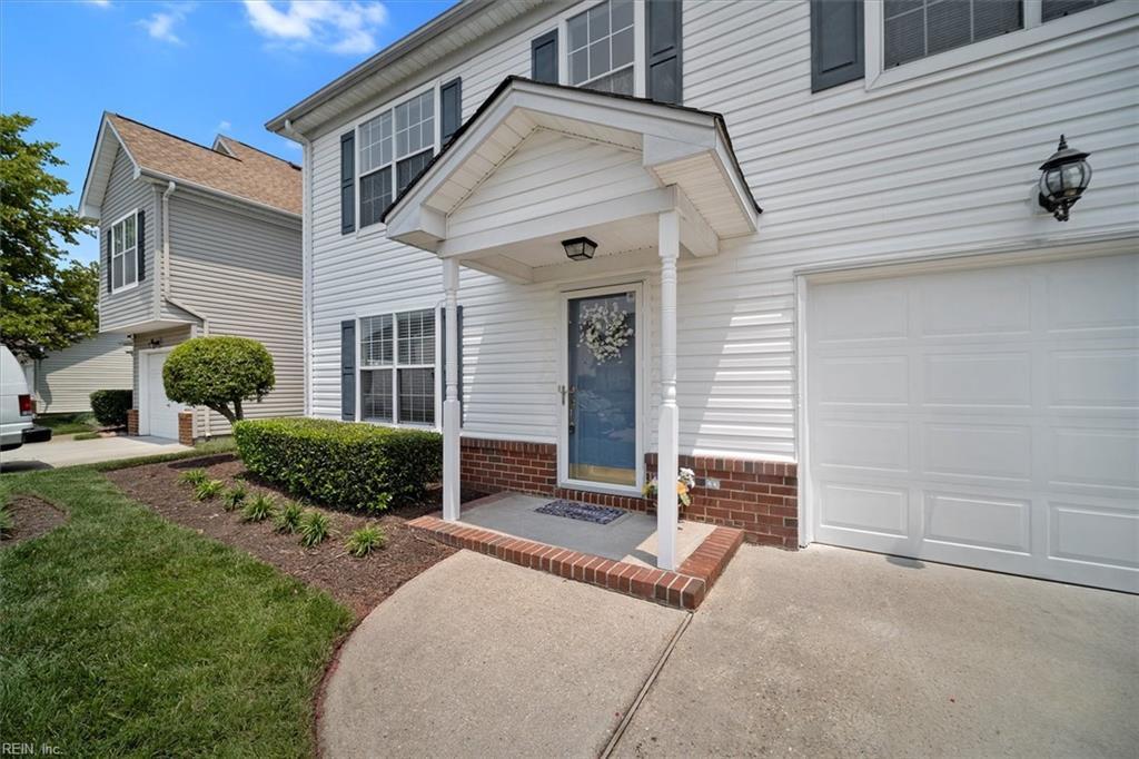 2219 Holly Berry Lane, Chesapeake, VA 23325