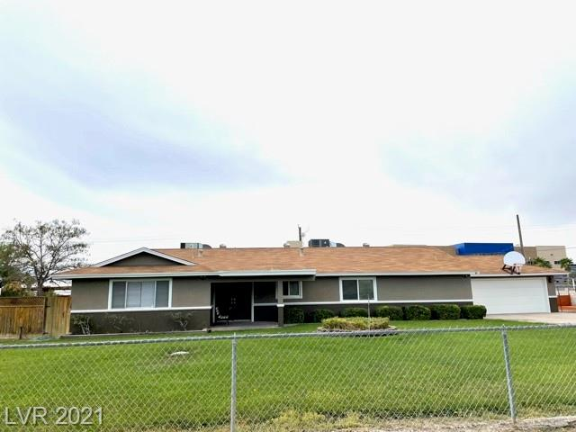 Beautiful  Ranch Style Custom Home. Single Story on over a half acre.  RV and Boat Parking with  tons of room for additional toys, including room for a pool.  NO HOA. New Interior and Exterior paint. New Carpet. Large Den can also  be used as a fifth bedroom. Master Bathroom has  a zero entry marble shower.   Fireplace. Newer A/C units  with  additional  Evaporative cooler. Oversized two car garage with separate Evaporative Cooler and lots of storage. 1-year AHS Shield Essential home warranty plan included with A/C  and Roof coverage.