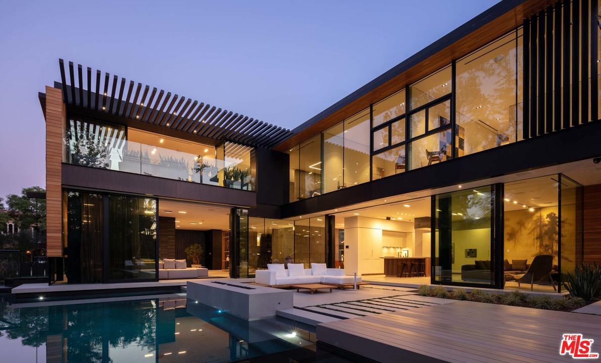 527 N PALM Drive, Beverly Hills, CA 90210