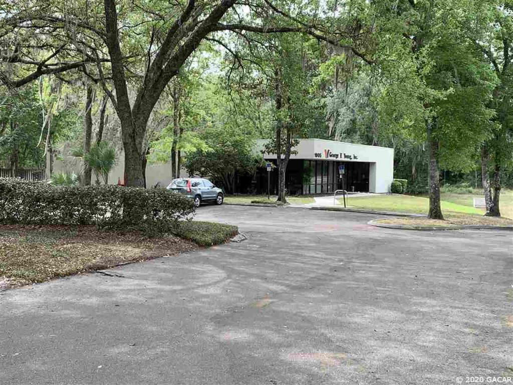1905 S Main Street, Gainesville, FL 32601