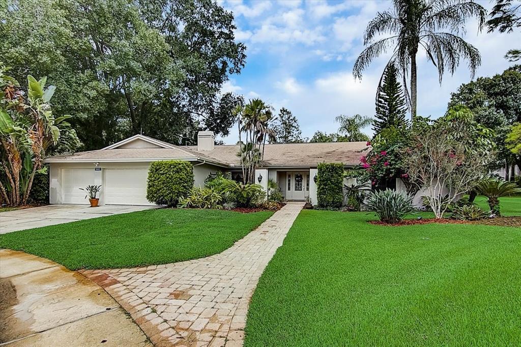 5002 Barrowe Place, Tampa, FL 33624