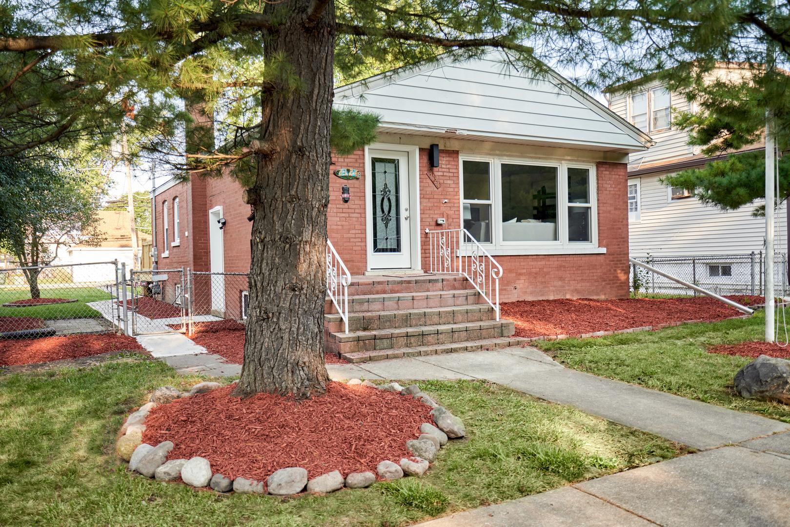 3124 Prairie Avenue, Brookfield, IL 60513