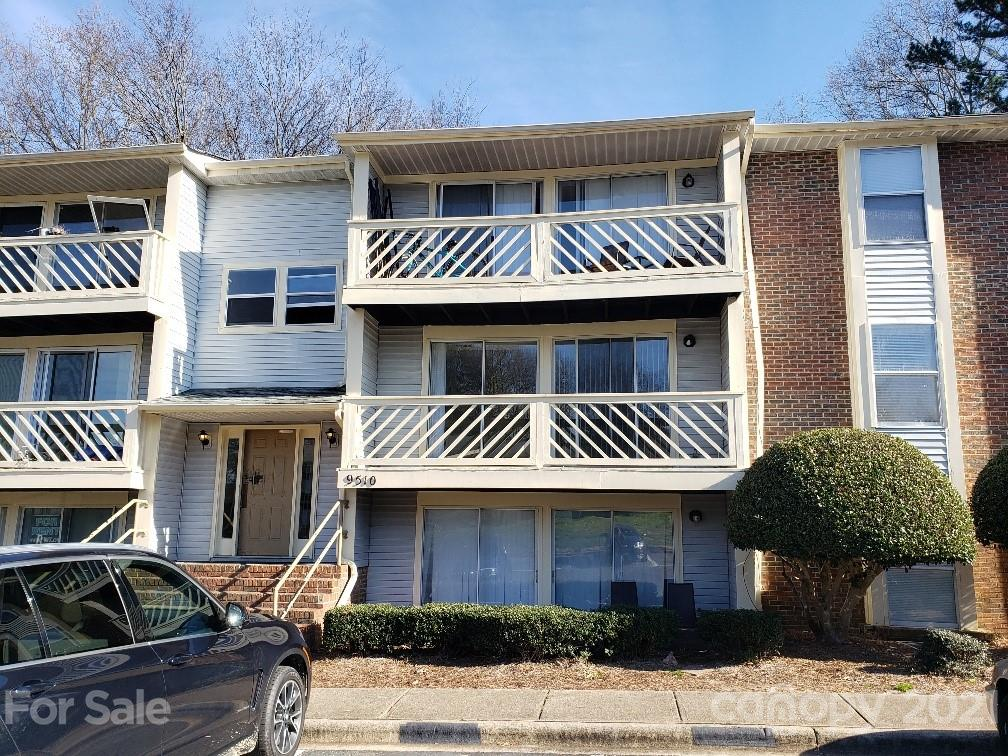 Check out this lovely 2nd Level Condo in the University area located in the Shannon Green Subdivision I. It features a vinyl plank hardwood look flooring throughout, Master Bedroom with a stand up shower master bath. 2nd bathroom with a bathtub in the hallway. This unit is ready to move in. Great for investors or 1st time buyer. Walking distance to UNCC, close to shopping, hospitals, major highways and much more!