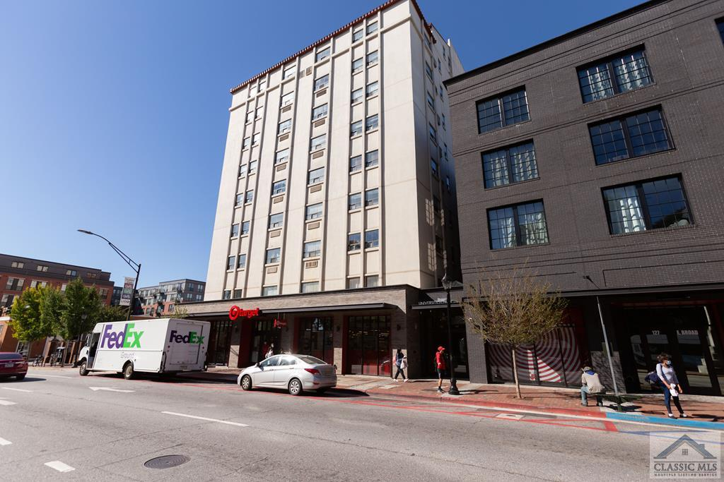 Don't miss out on this downtown condo across from UGA's North Campus and above the newly built Target! This 1 Bedroom 1 Bath unit offers lots of storage and upgrade potential. Grab it before it's gone!