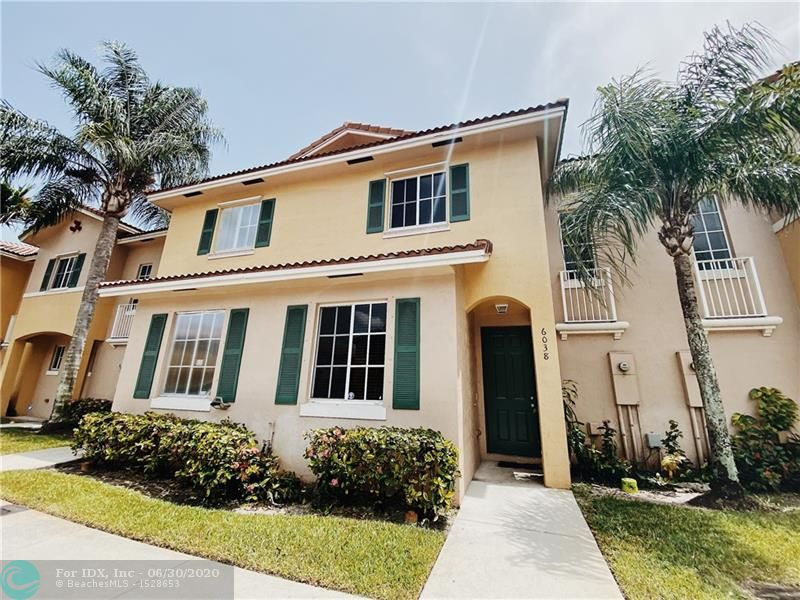 Rarely available 3 bedroom 3 baths townhouse centrally located in a very family friendly neighborhood. This is well maintained with one bedroom and full bath downstairs, great for guests. It overlooks the clubhouse, lake and comes with all amenities. Perfect for first time home buyers of investors. Sellers motivated. HOA number is 954-748-6182