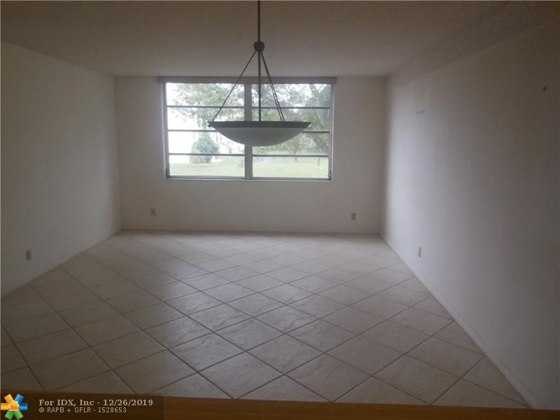 Charming 2 bed 2 bath Condo w washer and dryer in apt. close to schools and shopping. Plenty of Jogging paths parks and more. Seller is motivated