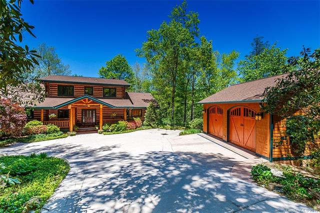 Immaculately maintained, move-in ready Alpine log home with one of the most spectacular settings and locations in Lake Toxaway Estates. This 5 BR, 4.5 BA home features hardwood floors, gourmet kitchen, two massive stone fireplaces, exercise room, and screened porch. Expansive outdoor decking overlooking the 18th fairway, marina/lake, and stone-faced mountains. This is an absolute must see.