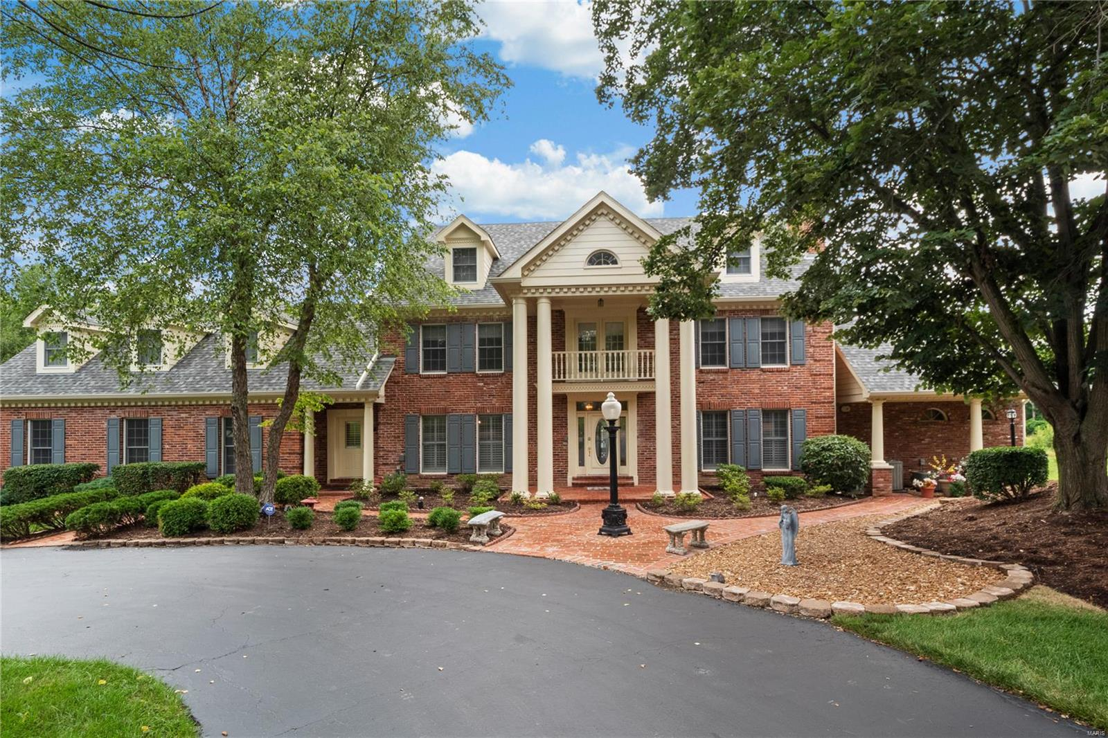 12618 Town and Country Estates Lane, Town and Country, MO 63141