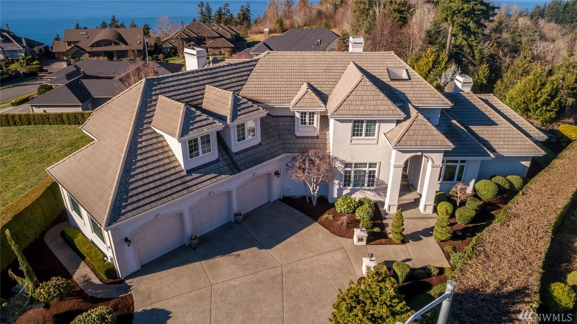 13406 67th Ave W, Edmonds, WA 98026