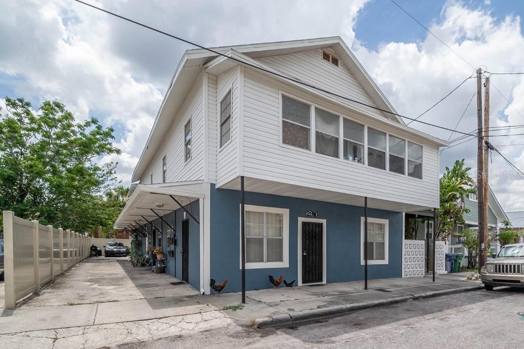 2916 N 16Th Street, Tampa, FL 33605