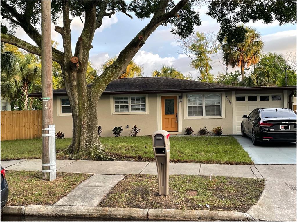 2316 W Walnut Street, Tampa, FL 33607