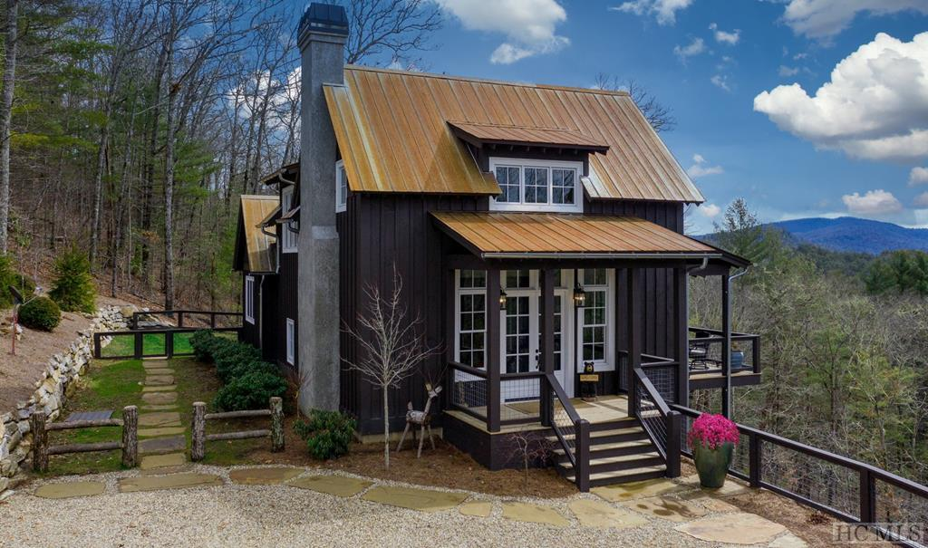 659 Hare Hollow Road, Glenville, NC 28736