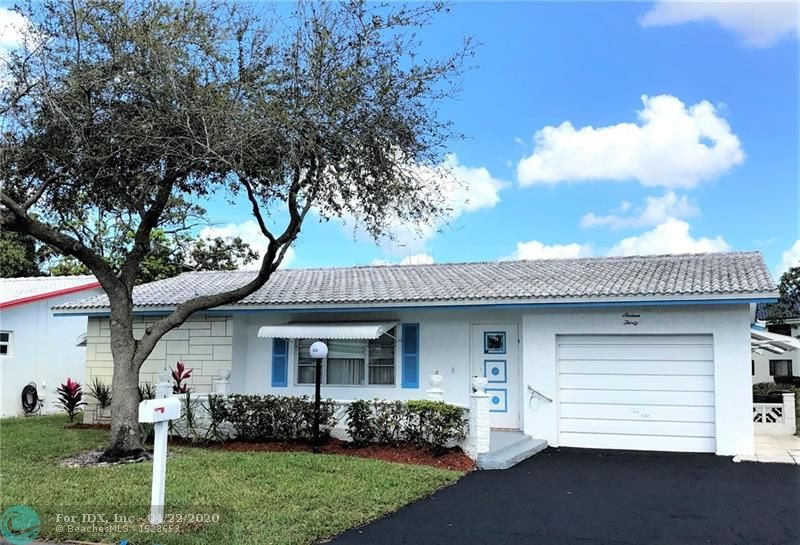 **** BEST PRICED WATERFRONT PROPERTY IN LAUDERDALE WEST**** LAKEVIEW MODEL HAS SPLIT BEDROOM FLOOR PLAN WITH WALK IN CLOSETS. STORM AWNINGS. DOUBLE WIDE DRIVEWAY. LARGE FRONT PORCH WITH DECORATIVE RAILING. LARGE SCREENED PATIO OVERLOOKING SERENE WATER VIEW...QUIET STREET... 55+ COMMUNITY, 20% DOWN FREE BASIC CABLE & WI-FI INTERNET FROM BLUE STREAM***COURTESY BUS*** ACTIVE CLUBHOUSE, 2 POOLS, TENNIS, SHUFFLE BOARD, POOL TABLES, PING PONG TABLES, CARD ROOMS, SHOWS, FITNESS CENTER, ENTERTAINMENT & SHOWS, AND MUCH MORE. LOCATED NEAR SHOPPING, BANKS, MEDICAL SERVICES, RESTAURANTS, MAJOR HIGHWAYS***ASSOCIATION CARES FOR LAWN, ROOF, EXTERIOR PAINTING, ETC. *** HURRY COME SEE---****AWAITING YOUR PERSONAL TOUCH… WON'T LAST LONG AT $210,000…****