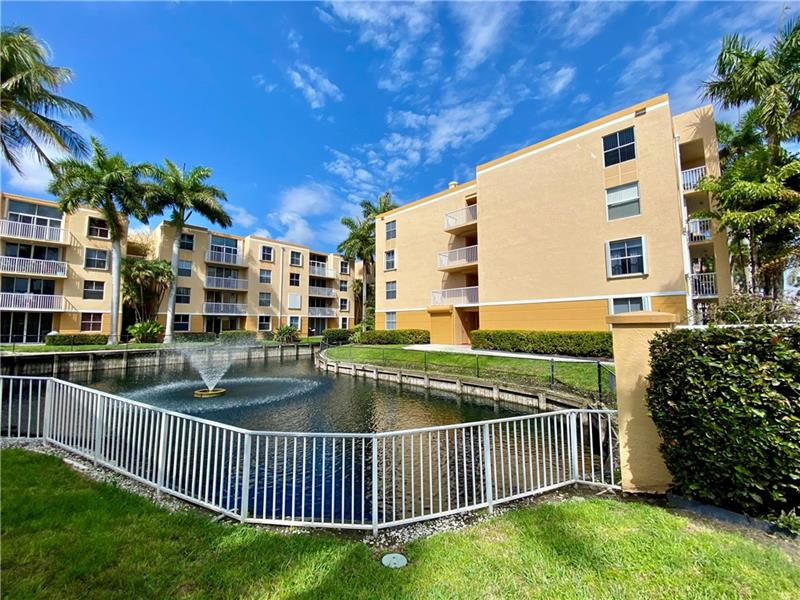 Come see this bright and beautiful 1 bedroom, 1 bath corner unit in Sheridan East, with a wraparound water view! Sheridan East is across the street from West Lake Commons, and 1.5 miles to Hollywood Beach and the Broadwalk. As you are heading east to the beach, make sure to check out the Ann Kolb Nature Center and West Lake Park, which has nature trails, fishing, picnic areas, kayaking and paddle boarding. Unit has a new kitchen, updated flooring, new knockdown on the ceilings (no popcorn), and was freshly painted.