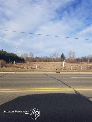 44 Acres in Davison!! Great for a storage units, retail shop, this is a fast growing area. Twp. approved for solar panels, consumers sub station corner of property makes it ideal for a solar farm. It's 1/2 mile from Blackrock, Culver's, Menards, and I-69.