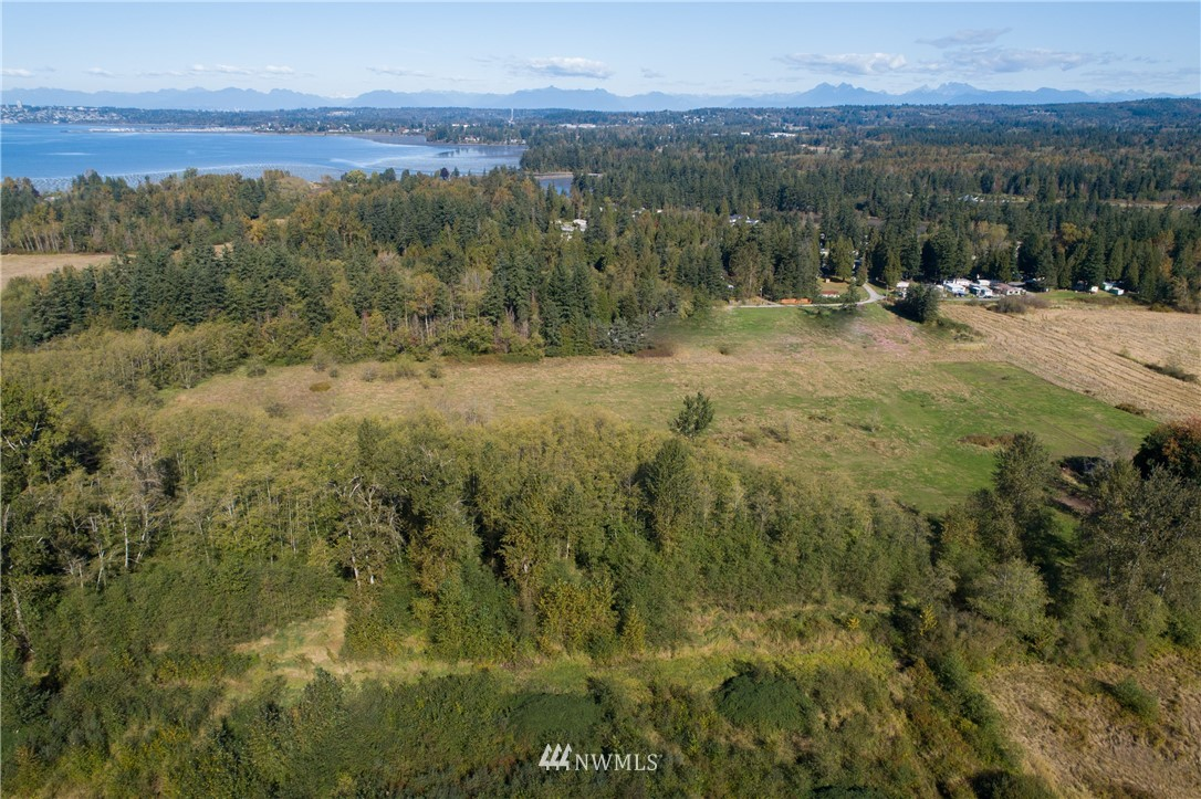 17-acre development site; permitted for 238 apartments for 55+.  Opportunity to build beautiful units creating affordable homes for seniors and have a strong cash flow, too, while helping the state improve housing needs.  25 minutes to Bellingham; 10 minutes to the Canadian border, Birch Bay, or Semiahmoo.