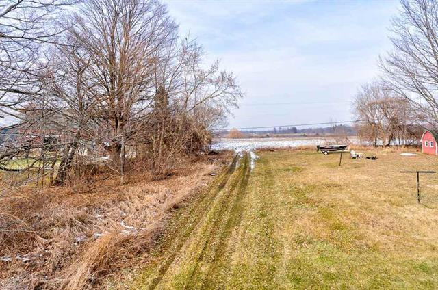 Looking for a location to place your company, business, building site or investment project?  Check out this great 40+/- Parcel on Class-A Bowers Road. Phase 3 Electric & Water available. Entrance base started. Split being made from original 68.83 acres.  If crops are planted - Crops reserved or neg.