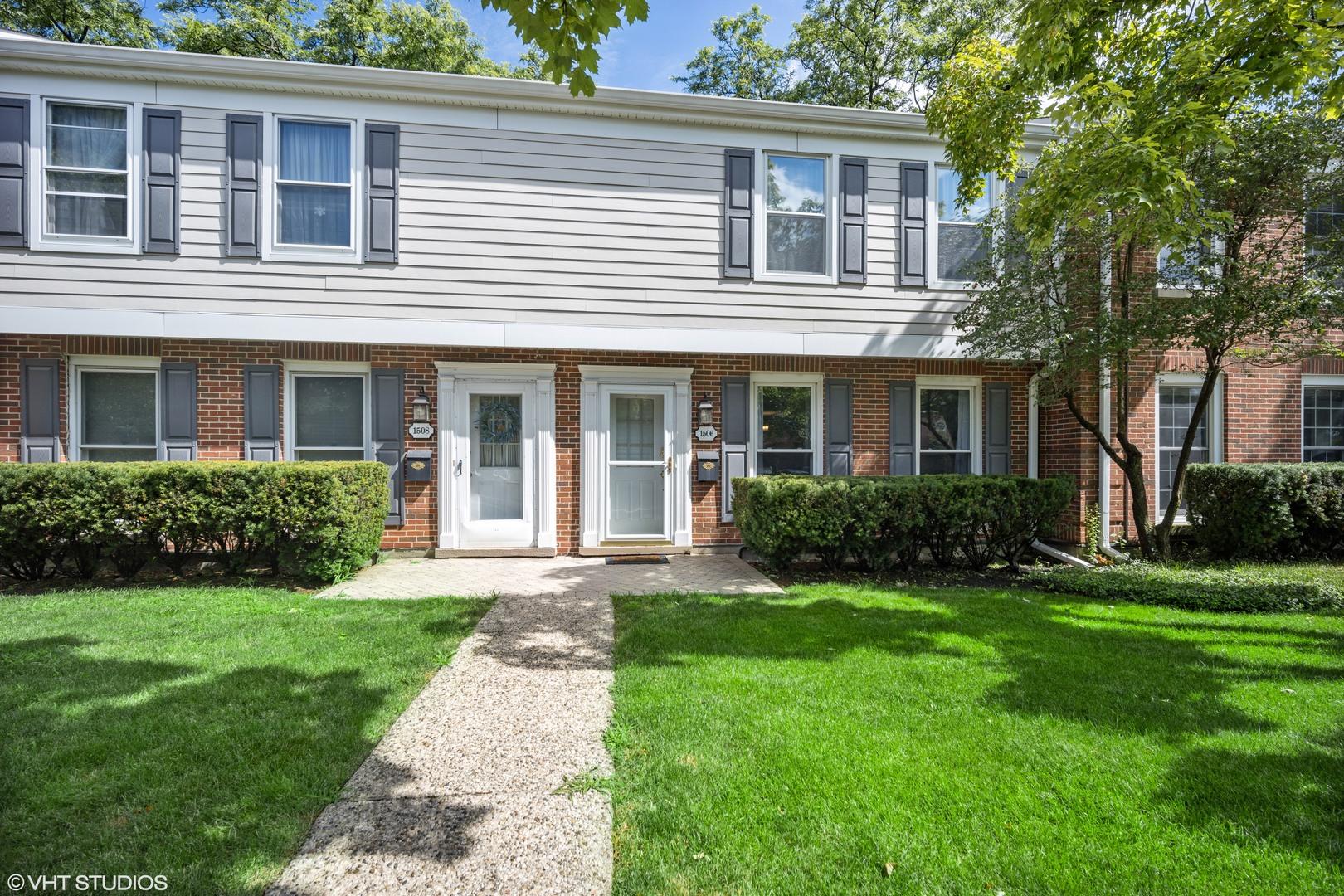 1506 Pebblecreek Drive 1506, Glenview, IL 60025