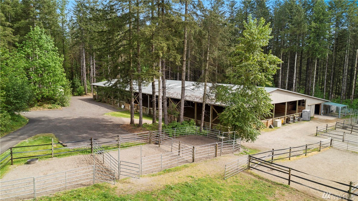 35015 NE Moss Creek Wy, Carnation, WA 98014