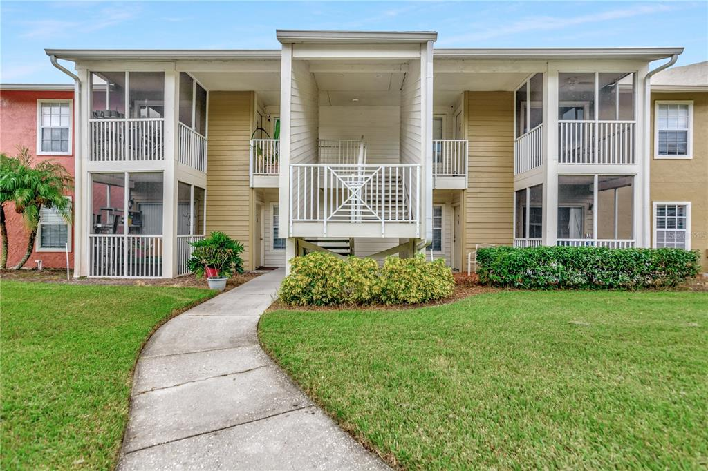 MULTIPLE OFFER SITUATION. Come live or invest in the highly sought after community of Park Lake at Parsons. This condo is perfect for your needs. This 2 bedroom2 full bathroom has so much to offer! With a perfect split floor plan and kitchen/entertainment in the middle it has so much privacy for each memberof the family. Roof no more than 2 years old. A/C was done in 2018. Your very low monthly fee covers so much (Water, Serwer, trash, exterior pest control, pool, & all Recreation facilities including: Gym, Tennis and racquetballcourts)!The location of this well kept condo complex offers walkability to Brandon Regional Hospital. Plus a large sports complex and the awesome Clayton Park with a huge playground and covered picnic area is just across the street! Perfect location to it all - yet tranquil and private!