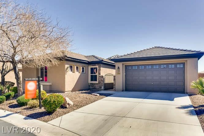 Pool & mountain views, 1 story home w 3bd, 3ba, 2823sf! Drought-tolerant landscaping. Open layout, tile flooring, high ceilings. Floorplan w formal DR, LR & FR overlooking the eat-in KIT w granite countes, island, brkfst bar, dbl ovens. MBD w wood floors & ensuite w dual sinks, sep shower & soaker tub. Office & den area w attached bd & full bath. Backyard w covered patio, putting green & pool/spa. Sep laundry rm. Central AC. 2 car garage.