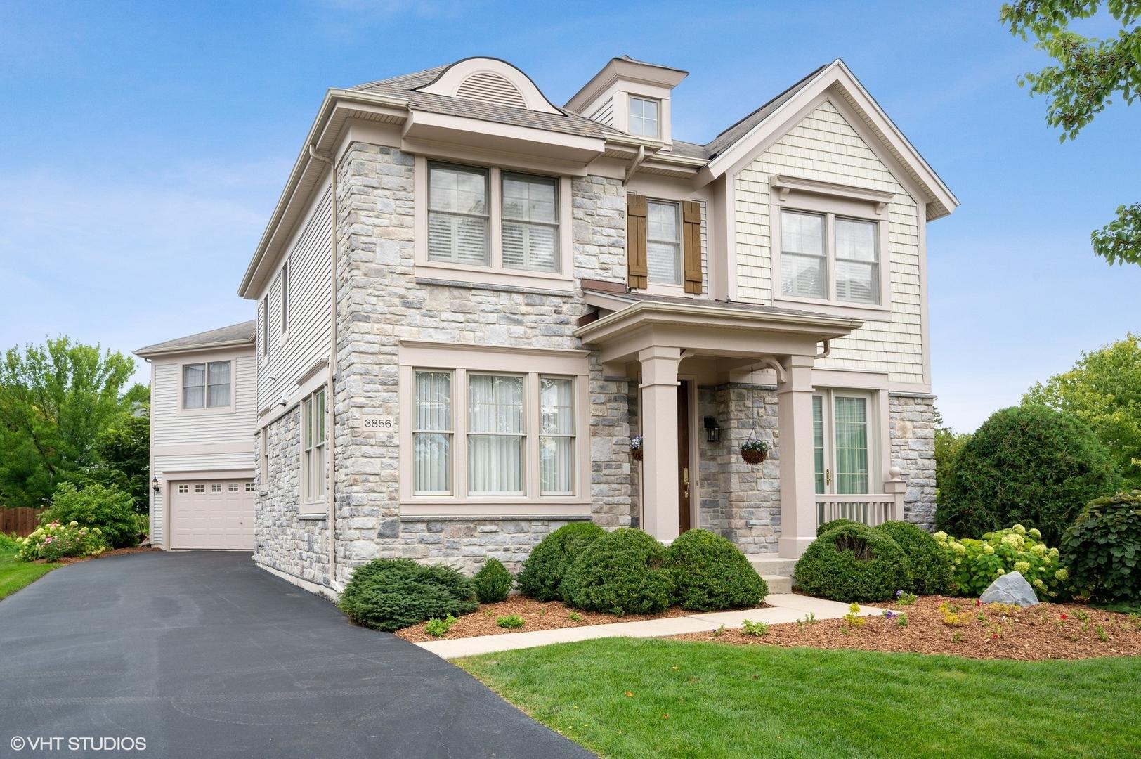 3856 Linneman Street, Glenview, IL 60025