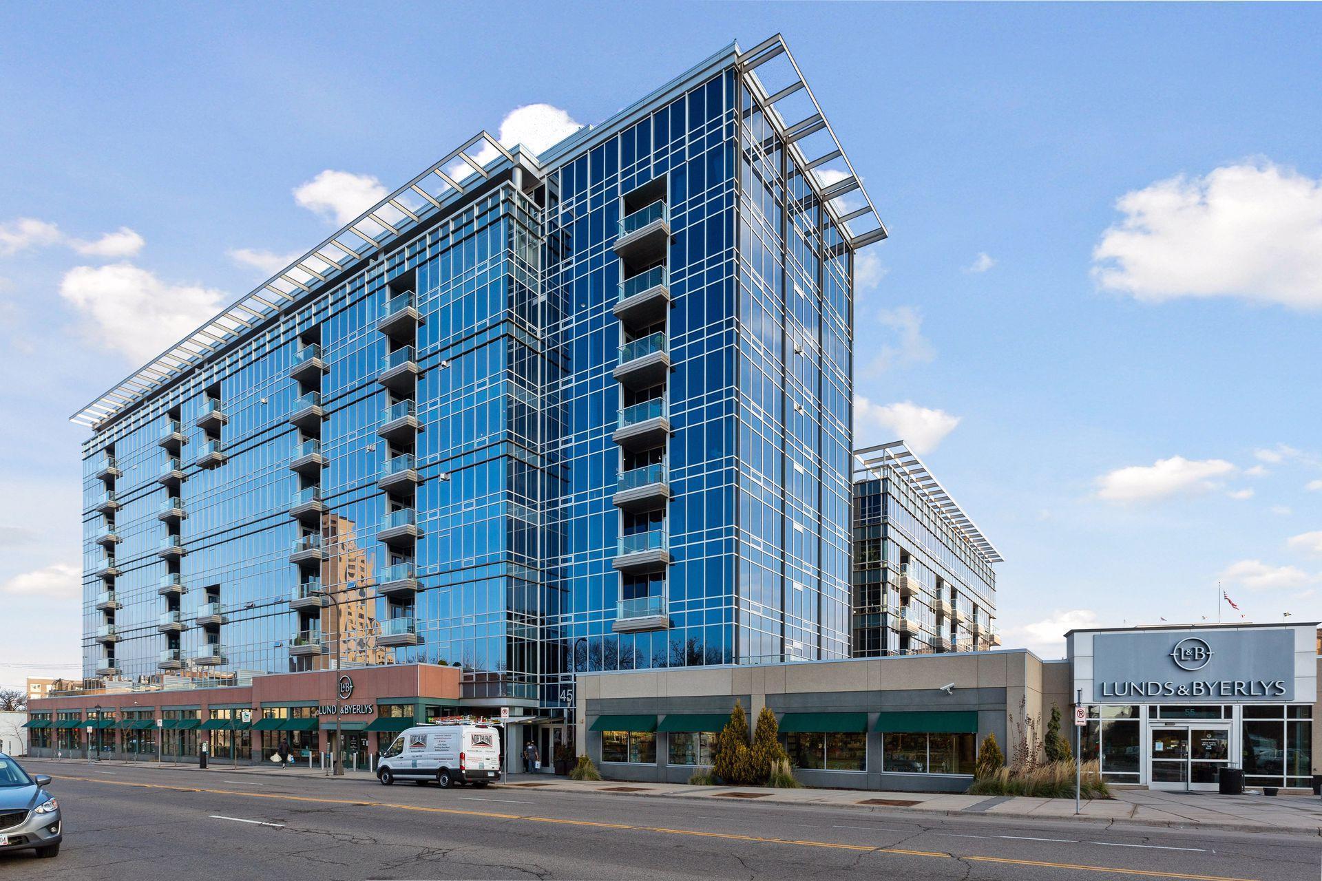 45 University Avenue SE 401, Minneapolis, MN 55414