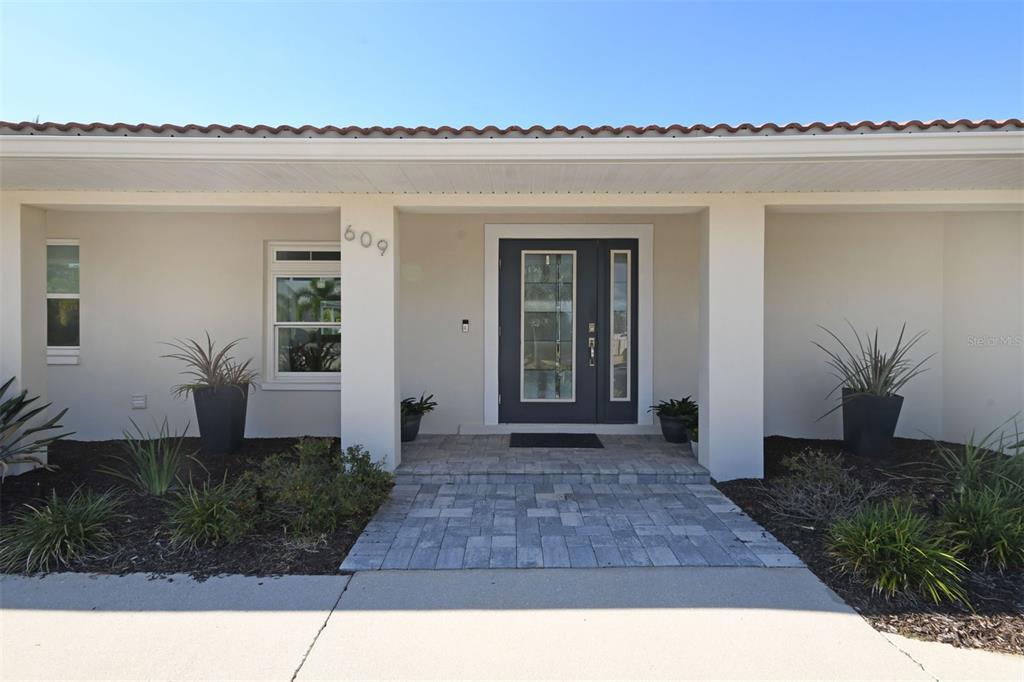 609 Halyard Lane, Longboat Key, FL 34228