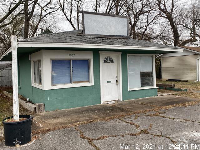 202 S Osage Avenue, Dewey, OK 74029