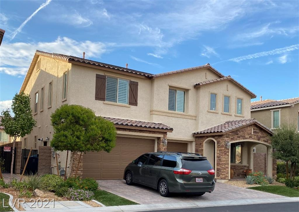 Well maintained Home in Souther Highlands with 2 Master's Bedroom.