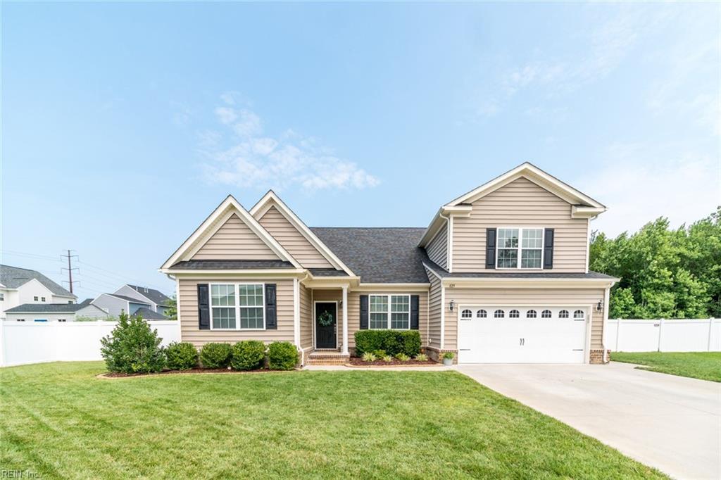 825 Chapel Hill Drive, Chesapeake, VA 23322