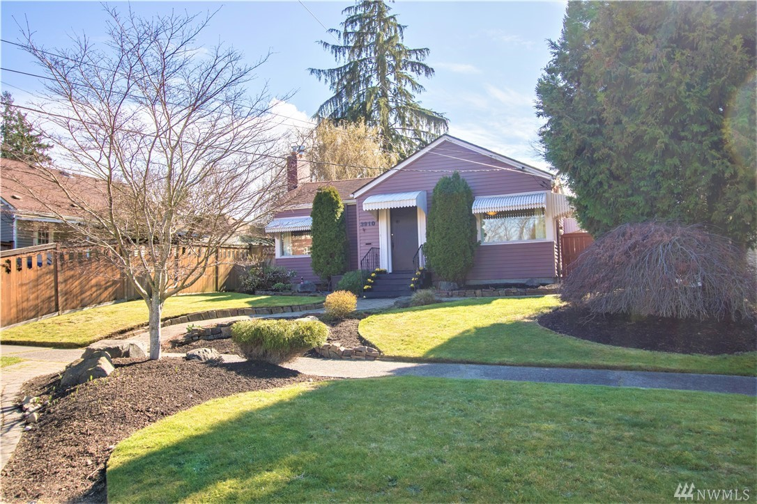 Attractive, move-in ready, and a neighborhood you will fall in love with. This updated Proctor-area beauty is walking distance to Jefferson Park, and minutes away from attractions like the Proctor District, Point Defiance, and the water. Updates include electrical wiring, Kitchen/Bathroom update, and newer furnace. Bonus: this place comes with a basement mother-in-law unit (with its own separate entrance)! Live upstairs and rent out the basement, or enjoy it for yourself. This won't last long!