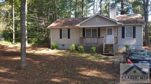 This house has a nice kitchen with new refrigerator and washer and dryer, small back deck and large double fenced yard great for dogs. Only 15 minutes to campus. Has a brand new roof which really improves the value..  This house is leased through JUlY 2022