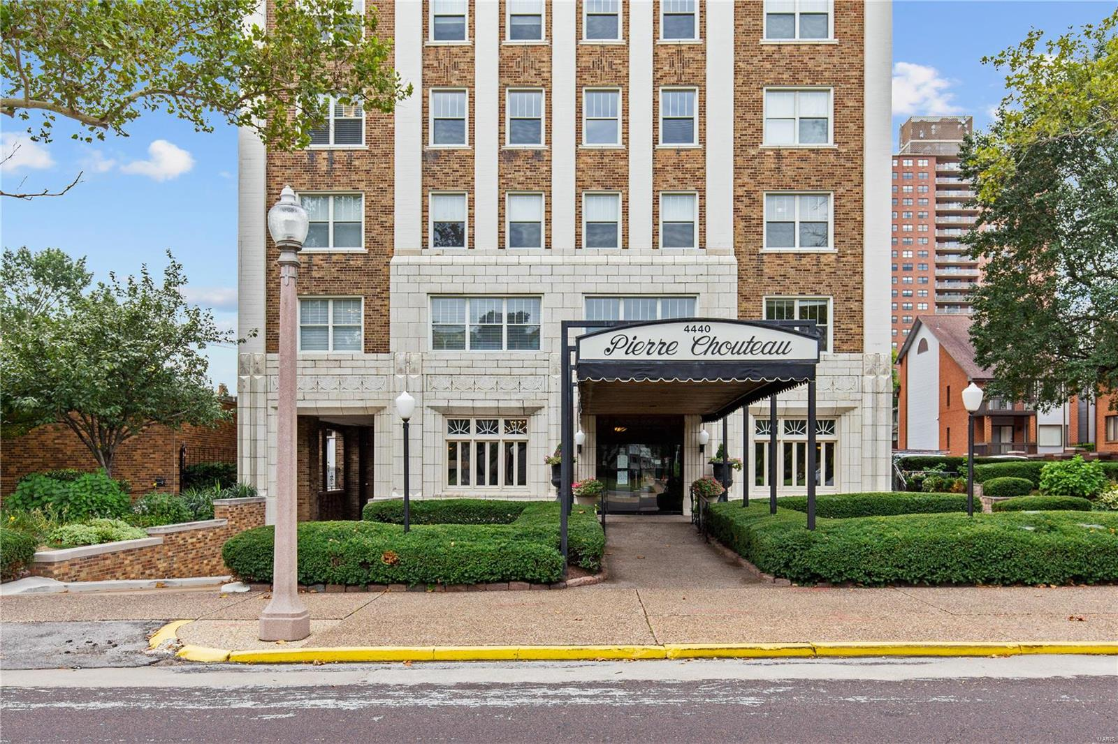 4440 Lindell 401, St Louis, MO 63108