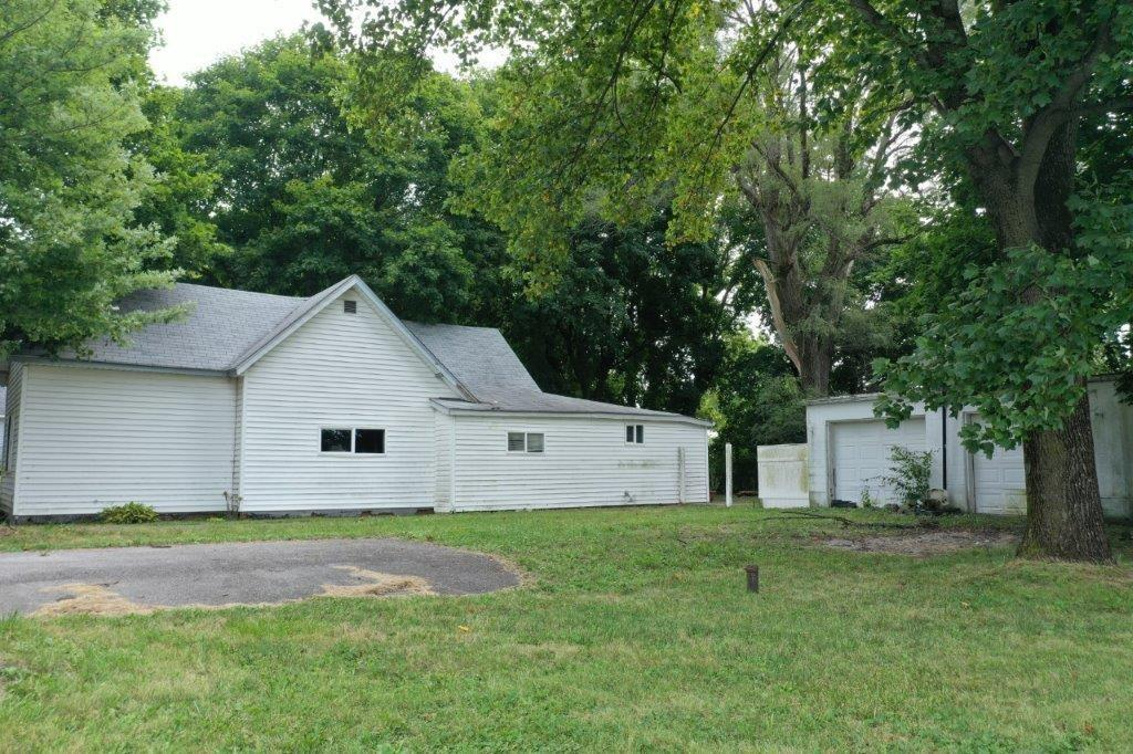 "INVESTMENT OPPORTUNITY! Home is being sold ""AS IS"". Home is situated on nearly half acre lot. Subdivision with no HOA or covenants. 3BD