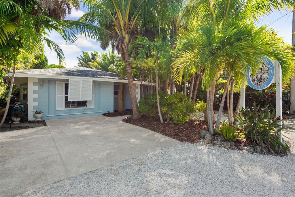 5625 Gulf Drive, Holmes Beach, FL 34217