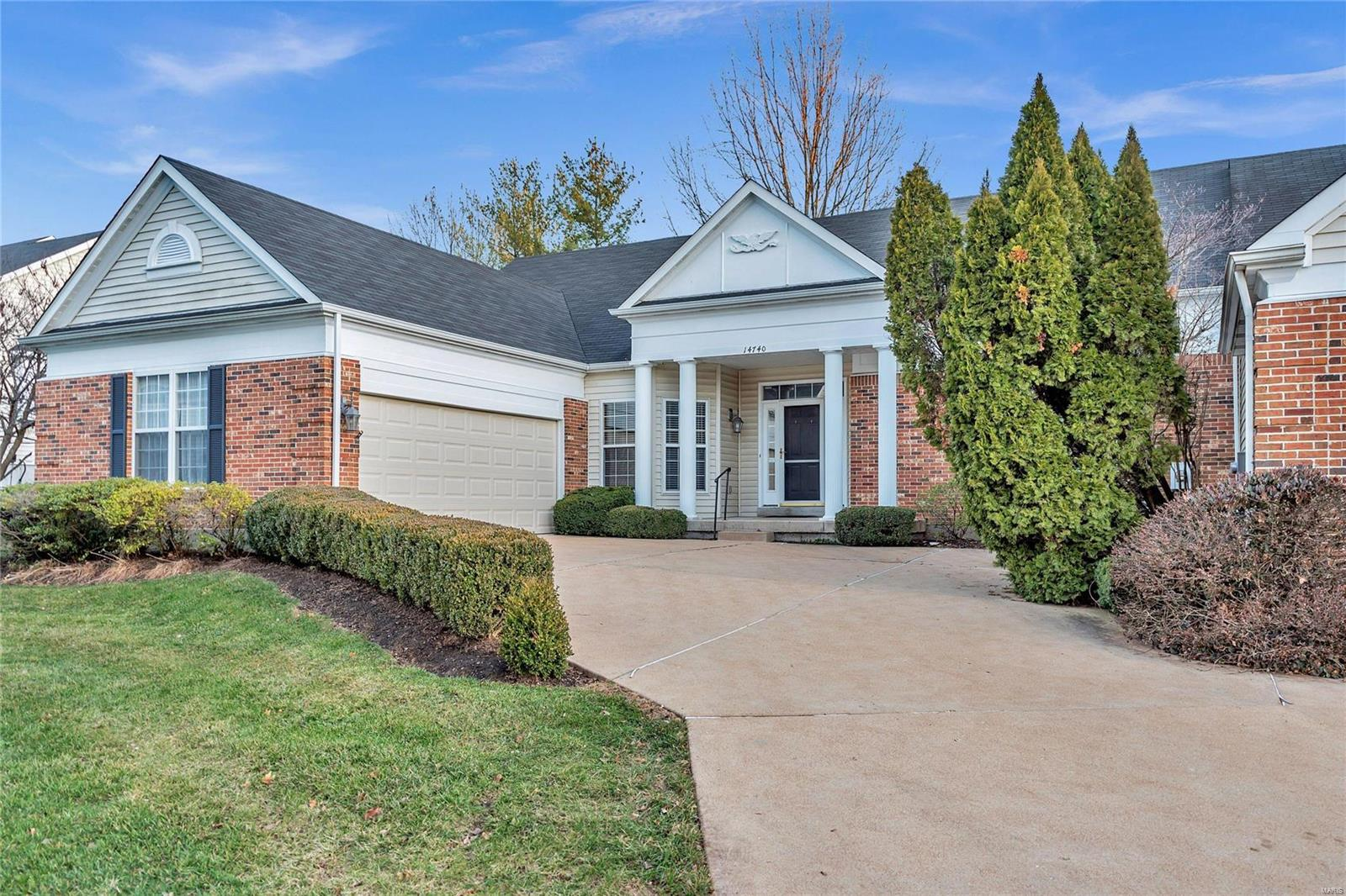 14740 Whitebrook Drive, Chesterfield, MO 63017