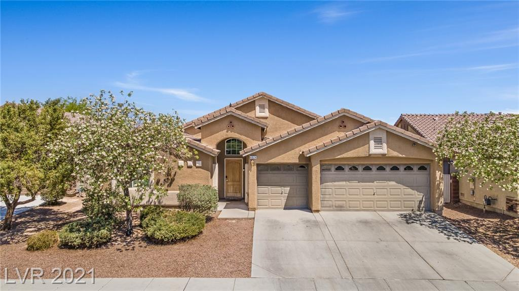 This Super Rare GEM, SINGLE STORY, 4 bedrooms, 3 full bathrooms, DOUBLE PRIMARY BEDROOM HOME, 2300+ Sq Ft home, with 8700+ sq ft lot, Both primary bedrooms have separate showers and tubs along with Walk in closets. Both Primary rooms are also separate from the other rooms as well. All rooms are oversized with the addition of an open floor plan concept, with a Den! Did I mention double ovens in kitchen with walk in pantry!? Amazing for hosting or the culinary enthusiasts. Complete with a 3 car garage for multiple toys or ample storage! Truly a dream home!