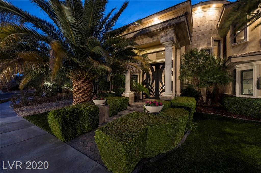 TWO-STORY CUSTOM LOCATED IN A CUL-DE-SAC INSIDE THE TREE-LINED NEIGHBORHOOD OF VINTAGE VALLEY IN SOUTHERN HIGHLANDS GC W/ SEPARATE GUARD-GATED ENTRY,WATER PARK & PLAY AREA. A RARE SLEEK CONTEMPORARY WITH WARMTH, STUNNING FOR ENTERTAINING & JUST RIGHT FOR FLAWLESS FAMILY LIVING. A SEAMLESS EXPRESSION OF CONTEMPORARY STYLISH SOPHISTICATION.