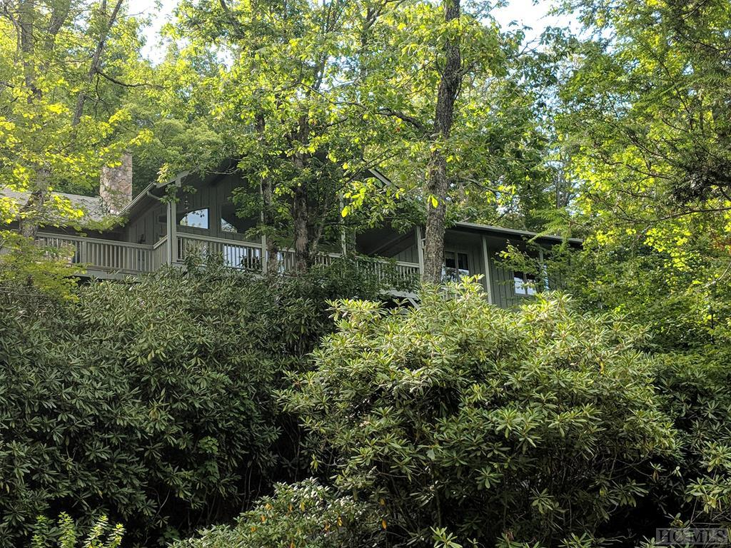 336 N Big Bear Pen Mountain Road, Highlands, NC 28741