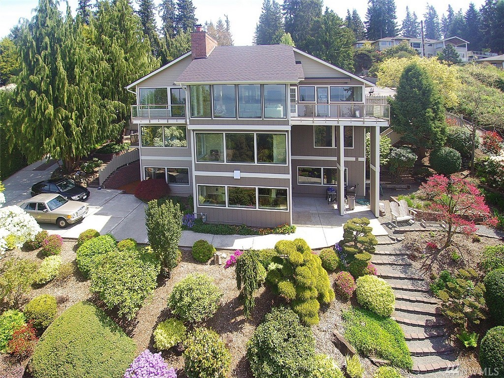 7517 172nd St SW, Edmonds, WA 98026