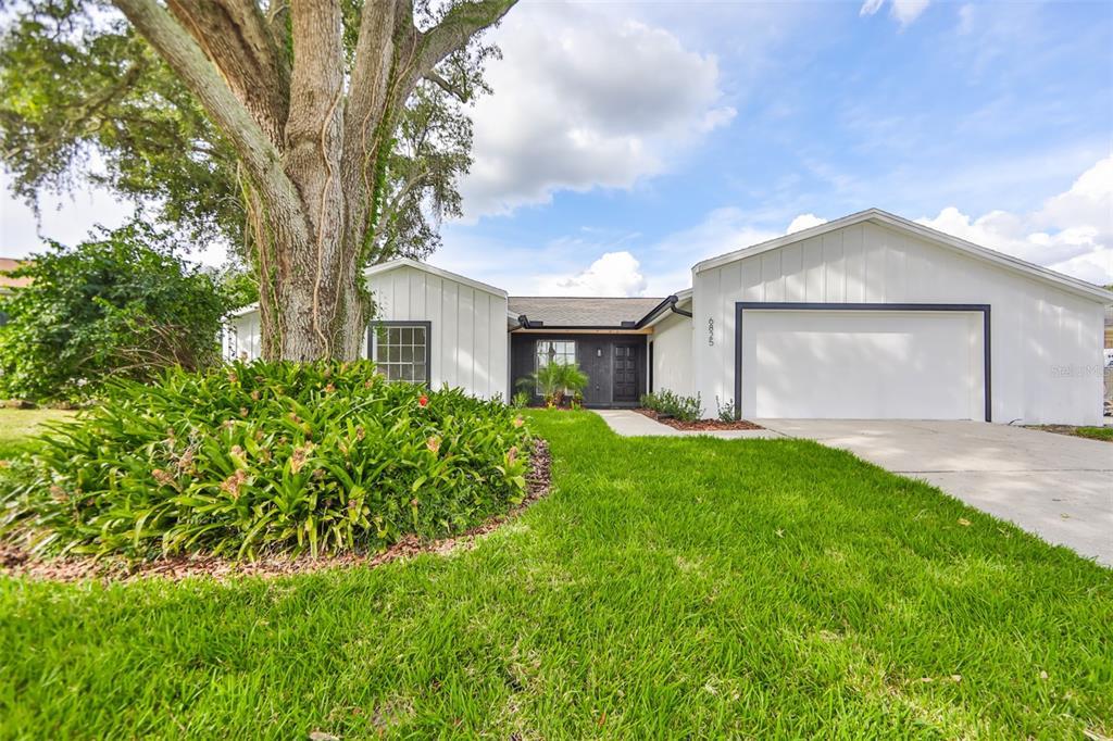 6825 Mitchell Circle, Tampa, FL 33634