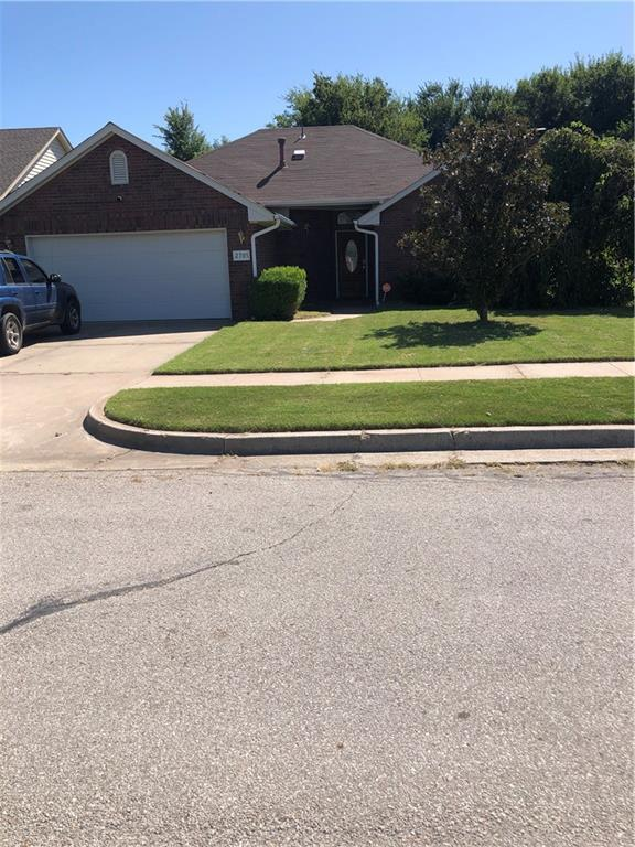 Lovely Home located close to Oklahoma University.  It is just off 24th and Hwy 9.  Home has been newly refreshed.  New paint through out.  City park just outside the back gate. This will make a perfect starter home or investment property.  Come see!