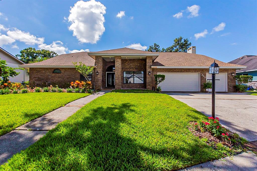 240 Heatherpoint Drive, Lakeland, FL 33809
