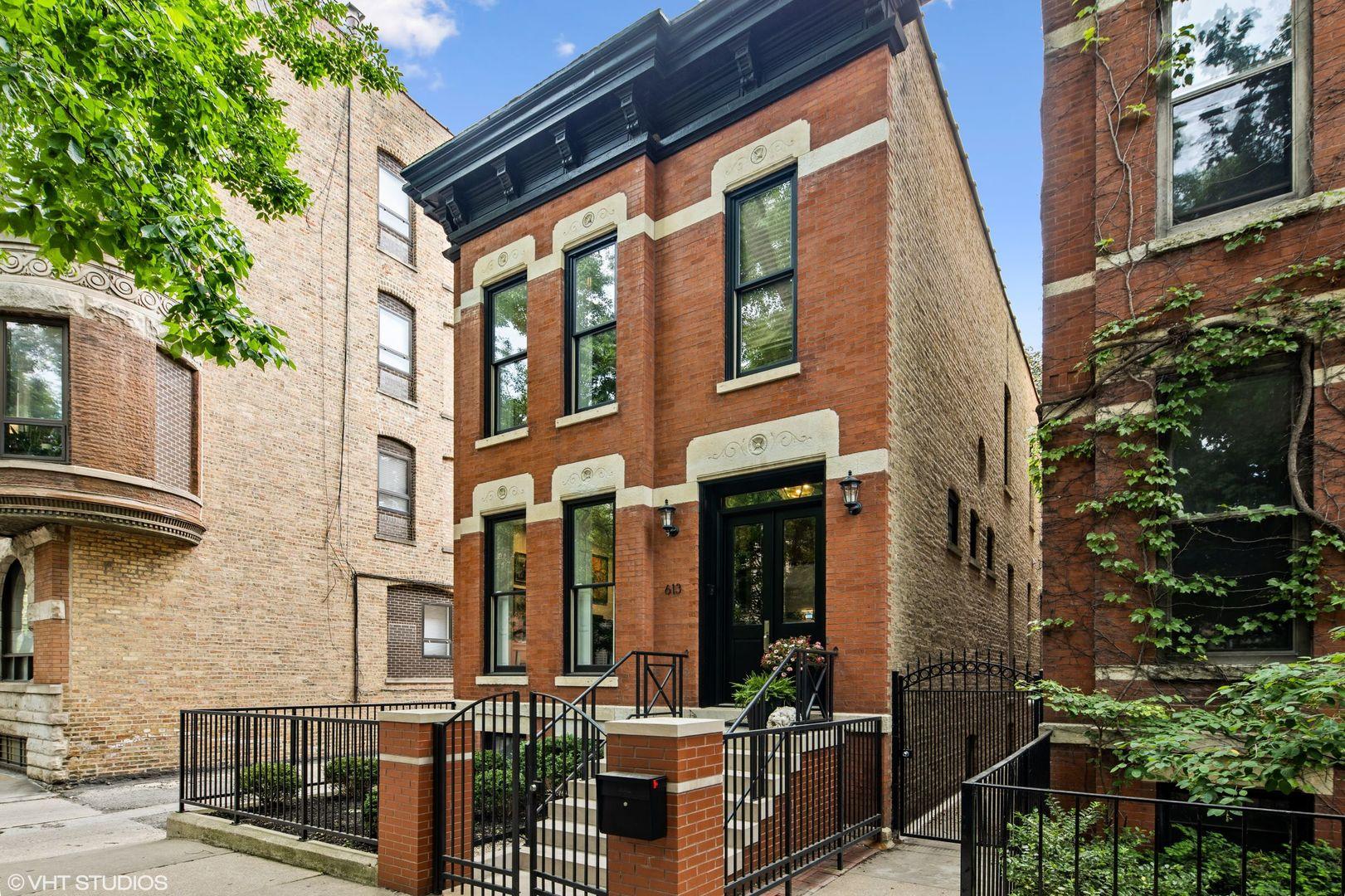 613 W Belden Avenue, Chicago, IL 60614