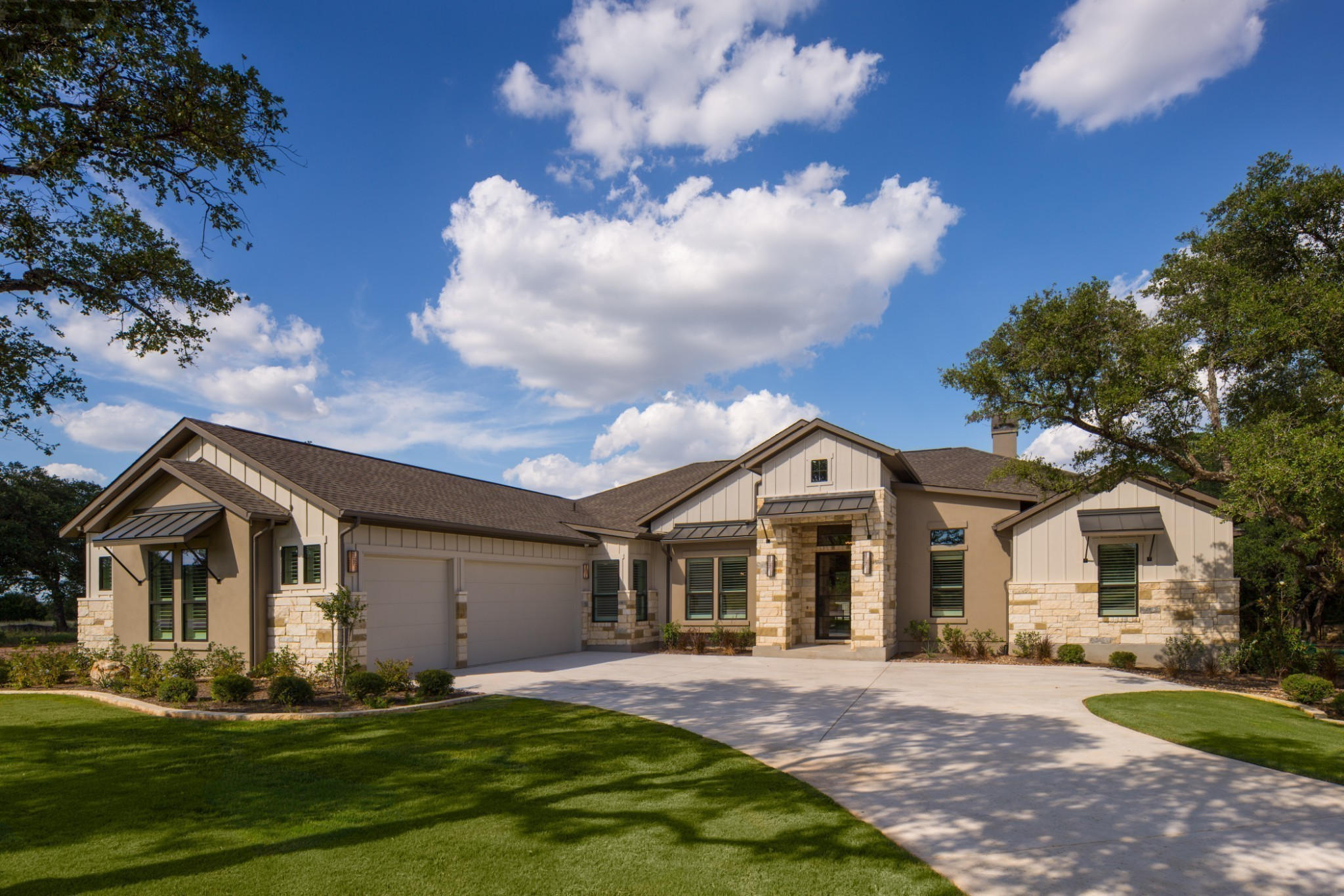 Home pictures are of similar home built in Texas.   In highly sought after Lookaway Farms zoned Ravenwood High, Clovercroft Elementary, and Woodlands Middle