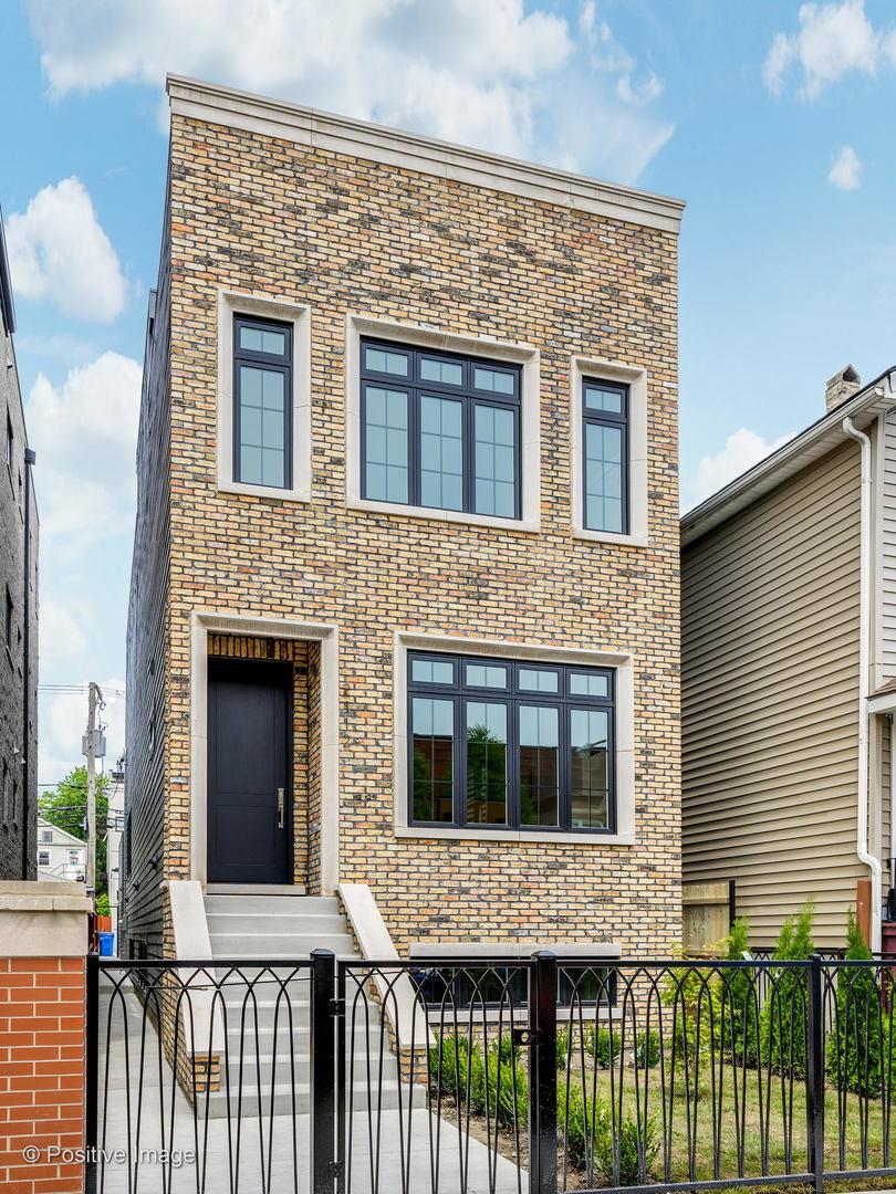 2734 W Altgeld Street, Chicago, IL 60647